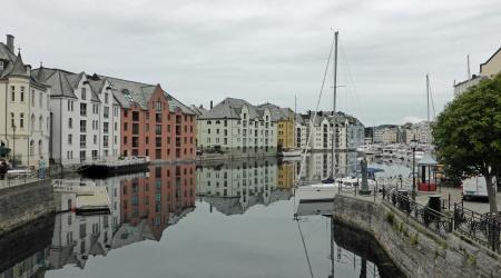 Hafen von Ålesund